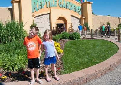 Entrance to Reptile Gardens